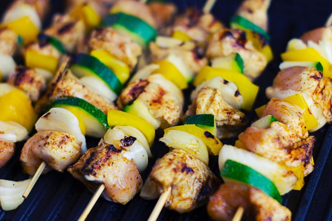 barbecue-bbq-close-up-72160.jpg